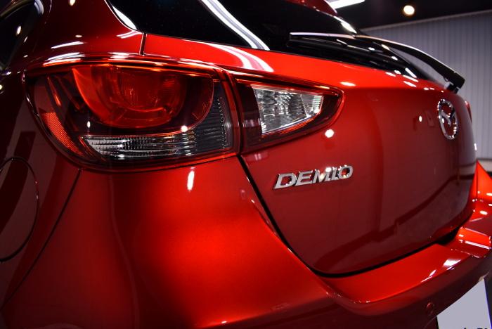 デミオ-10